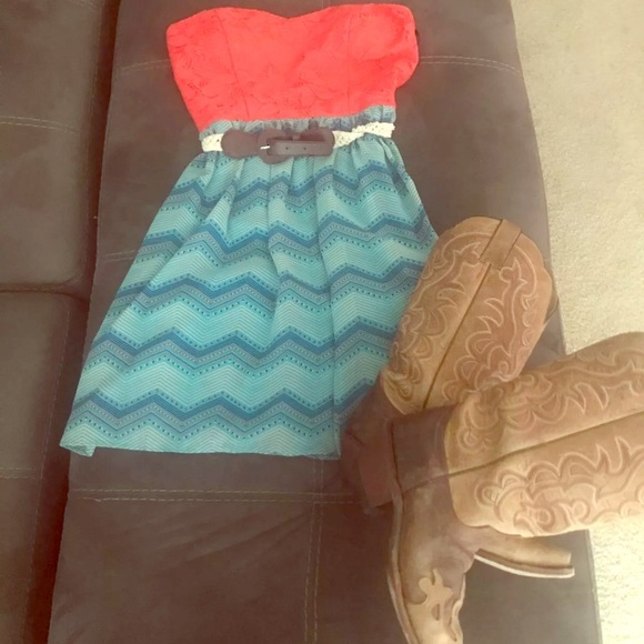 ceb24ccf7c7 City Triangles Dresses   Skirts - Like new coral sundress with belt